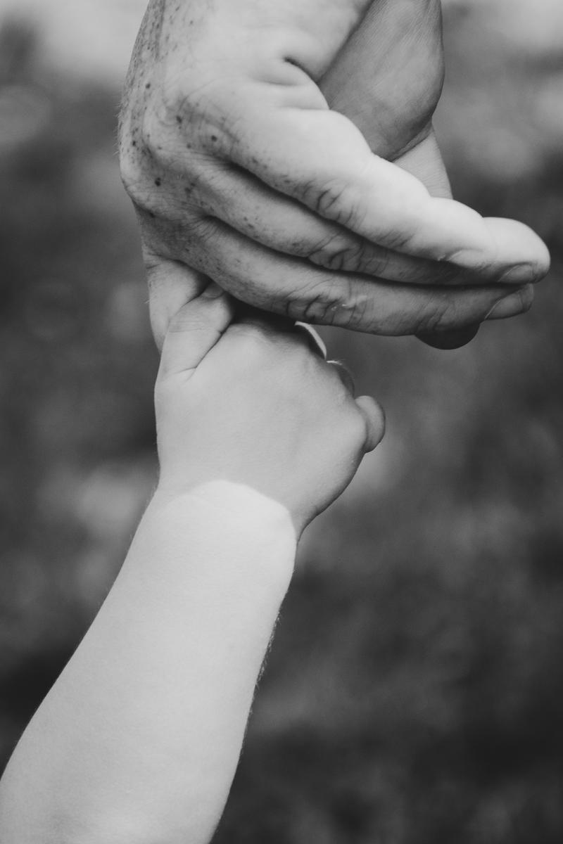 """""""Stringi la tua mano nella mia"""" di Monic"""
