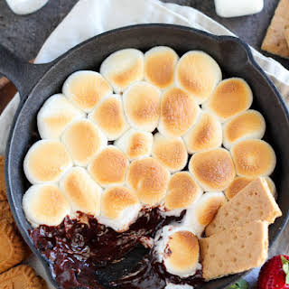 Easy Oven S'mores Dip.