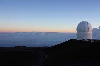 Photo: CFHT (Canada-France-Hawaii Telescope) lookin like a boss