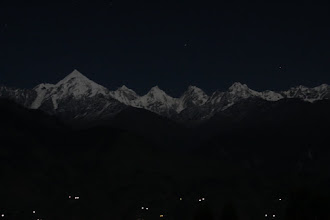 Photo: Gori Paar lights in the foreground of Pachachulis - Munsiari