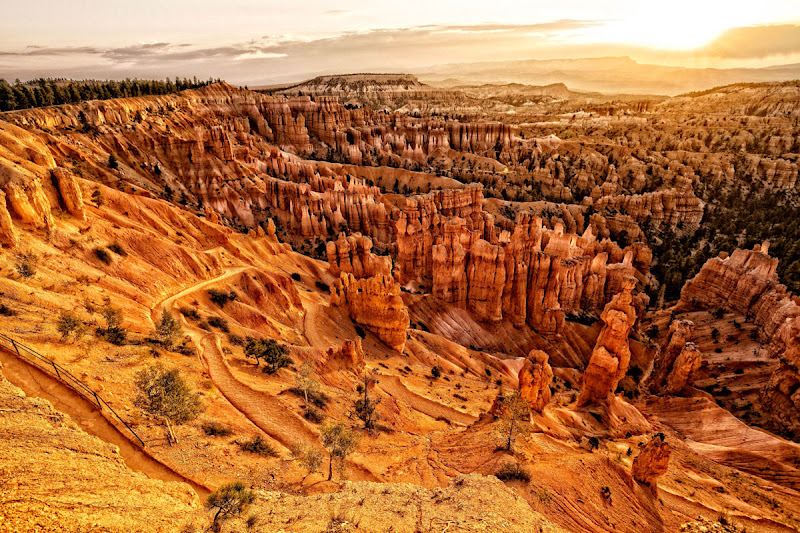 Bryce Canyon sunrise di bondell