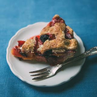 Peach-Blackberry Pie