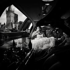 Wedding photographer Aksana Byazrukaya (biazrukaja). Photo of 20.11.2013