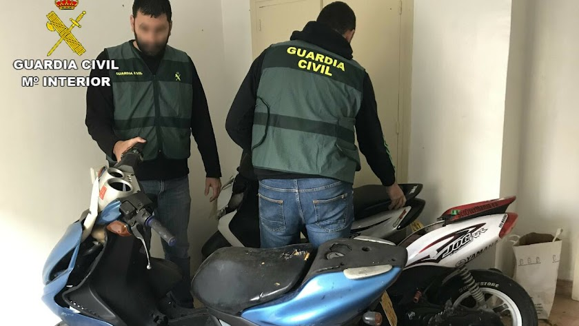 La Guardia Civil ha detenido al presunto autor.