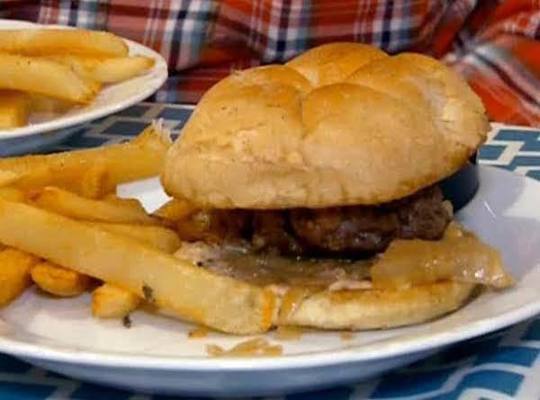 Yummy Reuben Burger