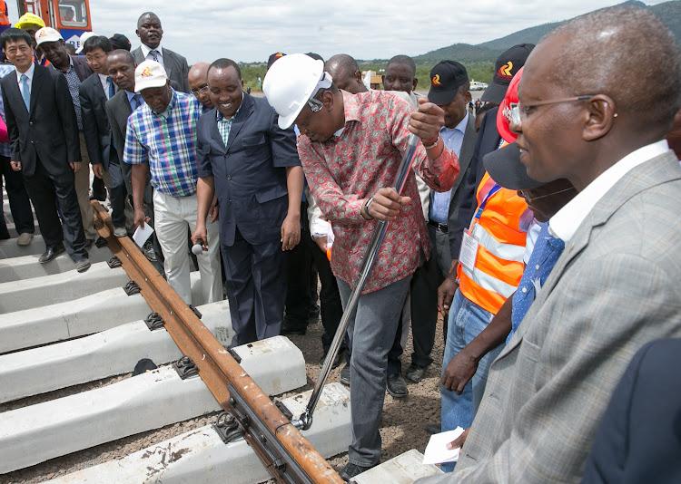 Image result for Uhuru Raila in china
