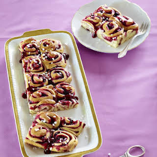 Swirled Redcurrant Breakfast Buns.