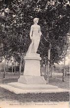 Photo: 82 Mas-Grenier - Monument des Combattants  Carte datée de mas-Grenier le 14 janvier 1940