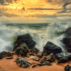 the dance of  by Raung Binaia - Landscapes Beaches
