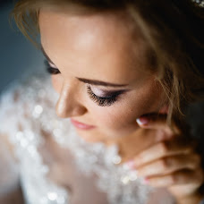 Wedding photographer Viktor Volodin (viktorvolodin). Photo of 26.12.2018