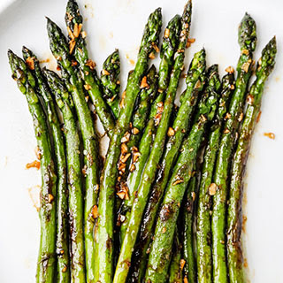 Sauteed Asparagus with Garlic and Oyster Sauce Recipe
