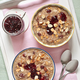 Toasted Oat & Quinoa Porridge.