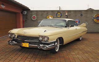 Cadillac Series 63 Hard Top Coupé DeVille Rent Jihomoravský kraj