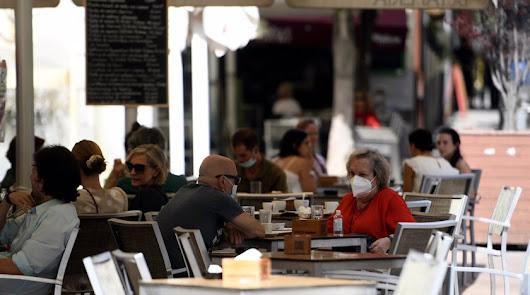 Andalucía fija el cierre de la hostelería a las 18 horas y comercios a las 20