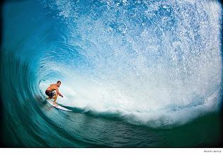 Photo: Photo of the Day: Damien Hobgood, Hawaii. Photo: #ZakNoyle #Surfer #SurferPhotos