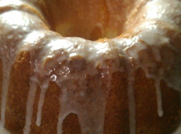Nana's Sour Cream Pound Cake Recipe