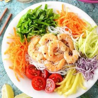 Thai Vermicelli Noodle Salad with Prawns.