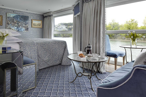 ss-catherine-suite-1.jpg -  See the passing landscapes of Burgundy and Provence from the comfort of your suite during your S.S. Catherine adventure in France.