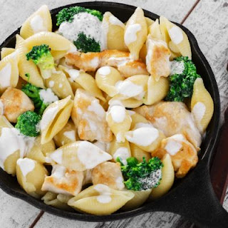 Creamy Parmesan Chicken And Broccoli Pasta Bake