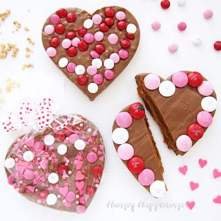 Chocolate Bark Hearts (Toffee, Crispy Crunch, Caramel).