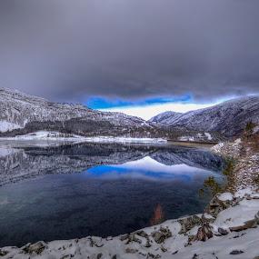 Ringedalsvatnet by Sigbjørn Fjellheim - Landscapes Mountains & Hills ( hardanger )