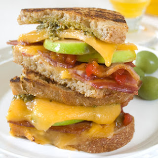 Zesty ABC (Apple, Bacon, Cheddar) Pesto Sandwich Recipe