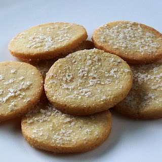 Grain-Free Crackers with Olive Oil (Dairy-Free) Recipe
