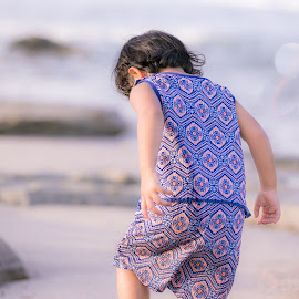 Jessi by Narendra Mogilipuri - Babies & Children Child Portraits ( middle east, weekend, beach side, photography )