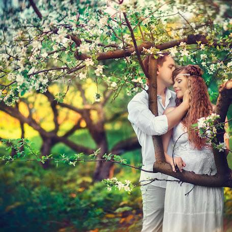 Wedding photographer Ruslan Davidenko (Davidenko). Photo of 20.05.2017
