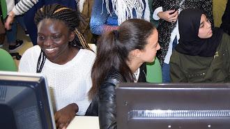 Imagen de archivo de una jornada sobre informática con estudiantes de ESO