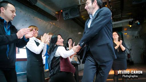 Mariage : danse avec le marié