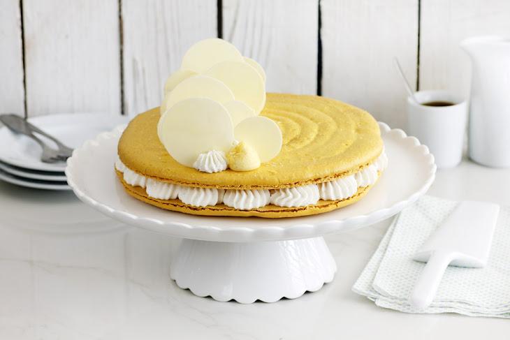 Lemon, Coconut and Vanilla Macaron Cake Recipe