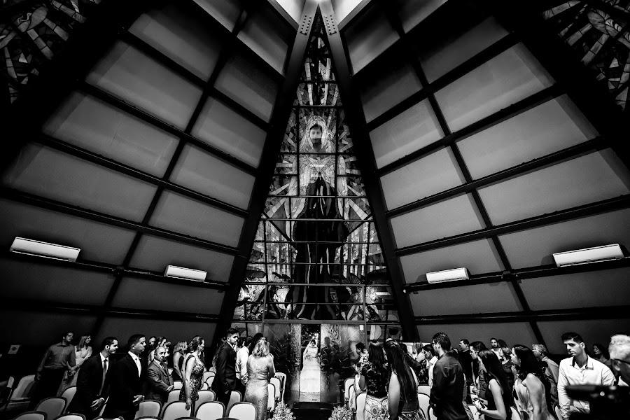 Wedding photographer David Hofman (hofmanfotografia). Photo of 12.03.2019