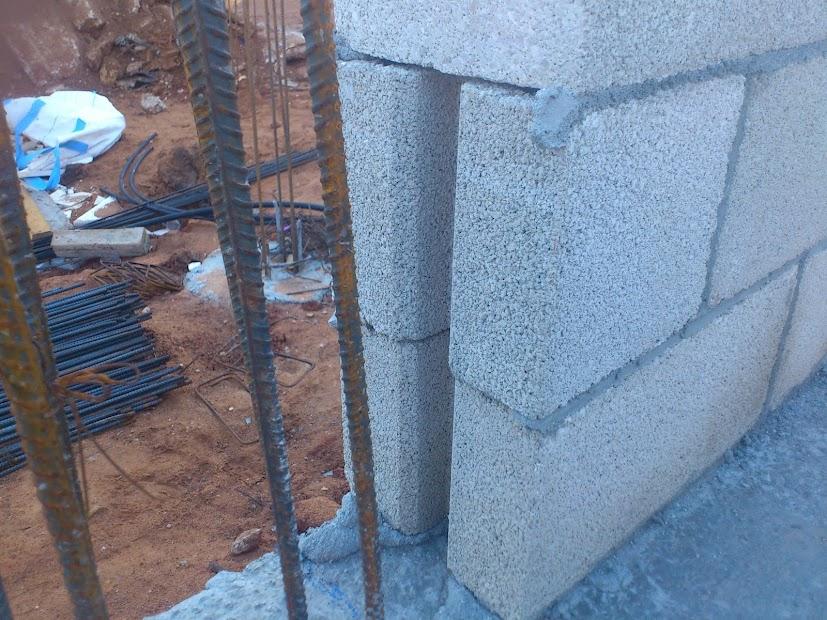 המשך בניית בלוקים ,חגורות בטון לחלונות ובלוקי U