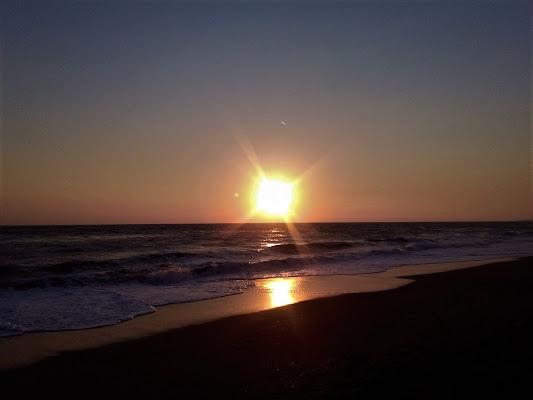 tramonto sull' oceano  di Tiz