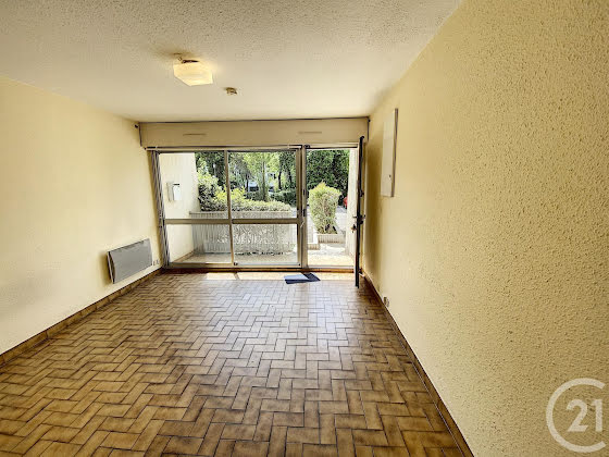 Location studio 22,39 m2