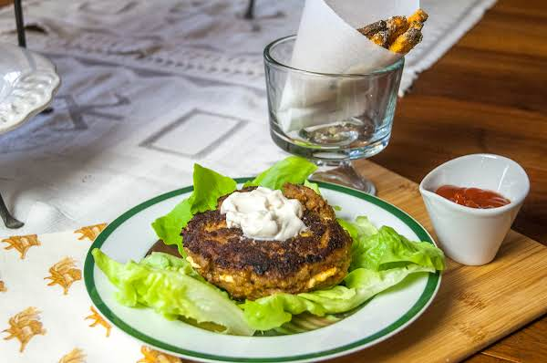 Low Fat Turkey Burger Stuffed With Cream Cheese Recipe