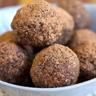 Paleo No Bake Energy Balls Recipe