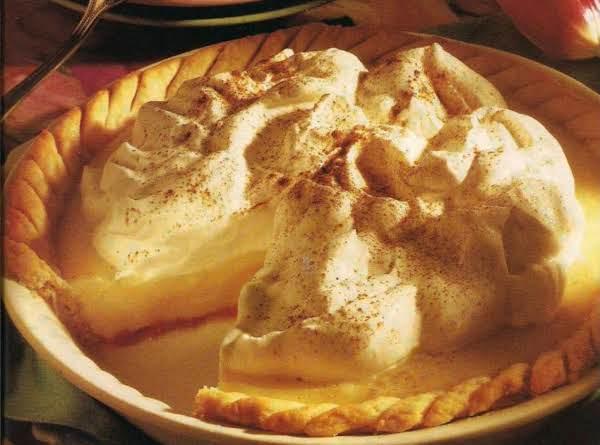 Vanilla Cinnamon Cream Pie