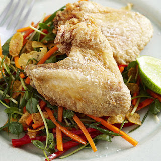 Crispy Chicken Wings with Shredded Vegetable and Cornflake Salad.