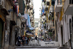 Alta densità. Quartieri spagnoli