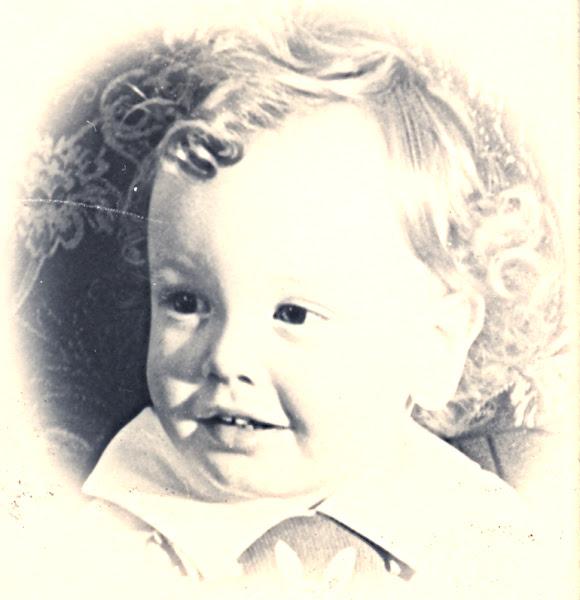 Photo: sc00097b30 —  14 Months Old Don Balfour Jr. (Balfour, Geneology)