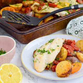 Rainbow Vegetable Fish Tray Bake.