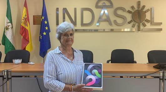 Emilia Escobar, primera ganadora de un Ipad Air gracias a Tintero F1 y Mastil F1
