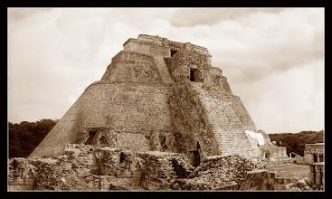 Photo: Pirámide del Adivino - Uxmal, Yucatán