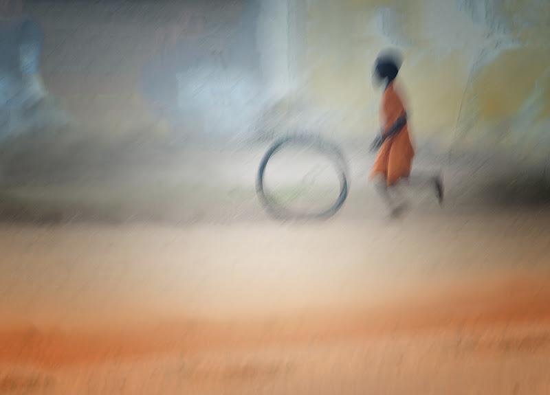 Libero di correre, di giocare, di sorridere in qualunque parte del mondo di BastetC