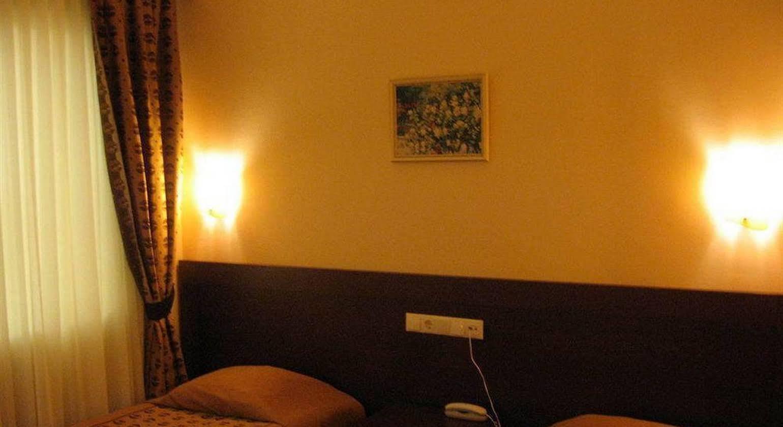 Ataer Hotel