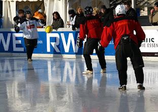 Photo: Polar Soccer WM 2011 -Wenigstens der Ball kennt seinen Weg
