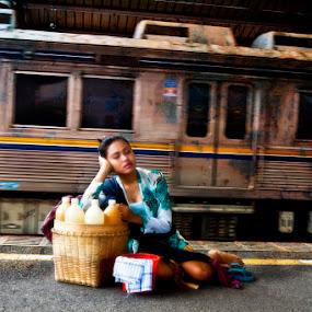 Dream in a tiring day by Basuki Mangkusudharma - People Street & Candids