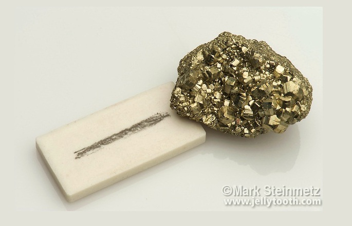 pyrite and its streak